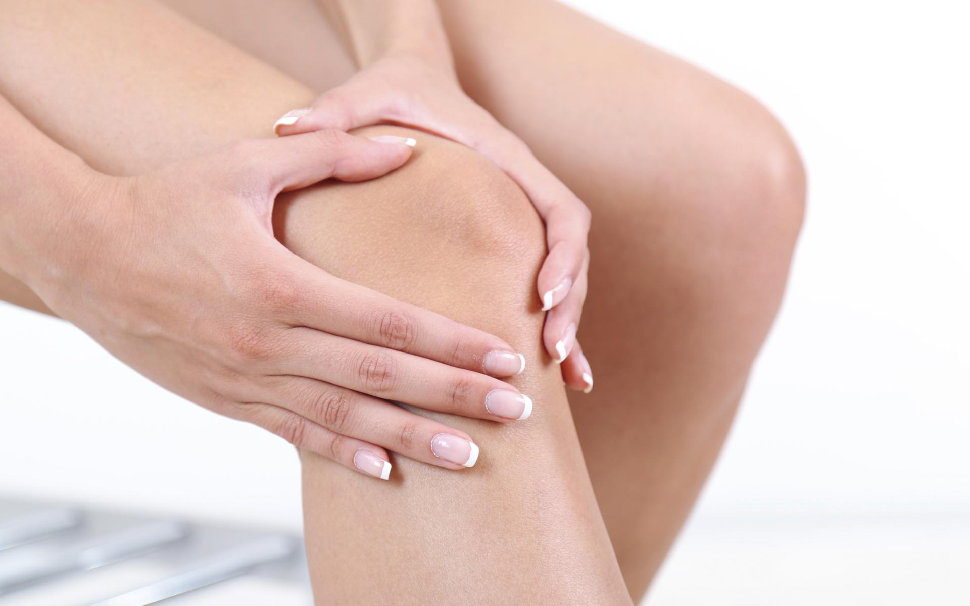 durerea la genunchi a început durere în abdomenul inferior al articulației șoldului